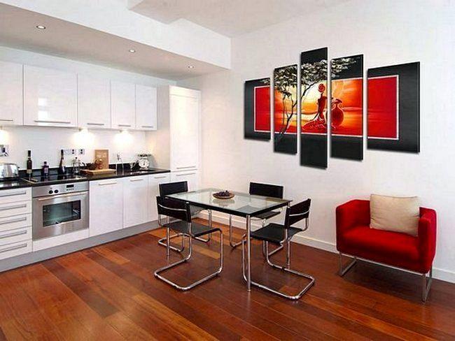 Картины и постеры в интерьере кухни