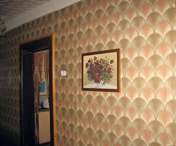 Картина в коридоре