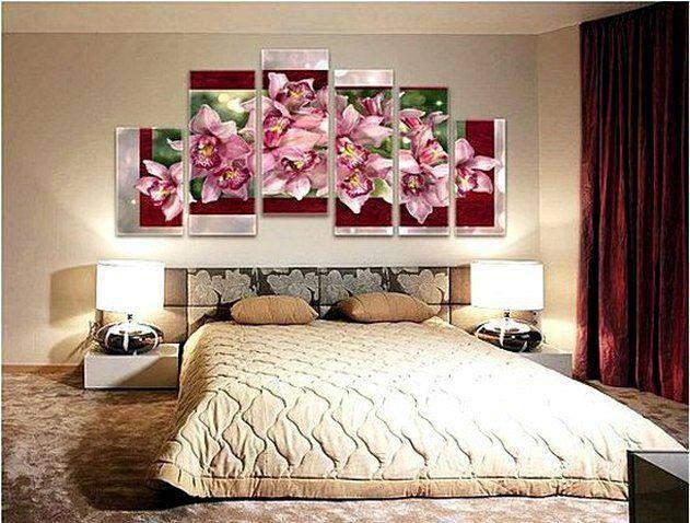 Модульные картины в спальне