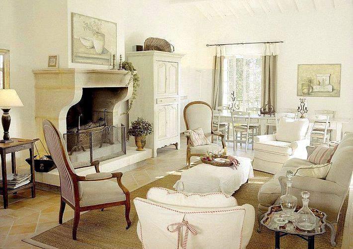 Свелая гостиная в стиле прованс