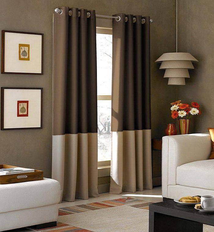 Комбинированные шторы в гостиной