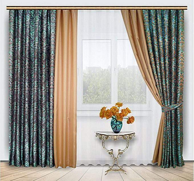 Современные комбинированные шторы в гостиную