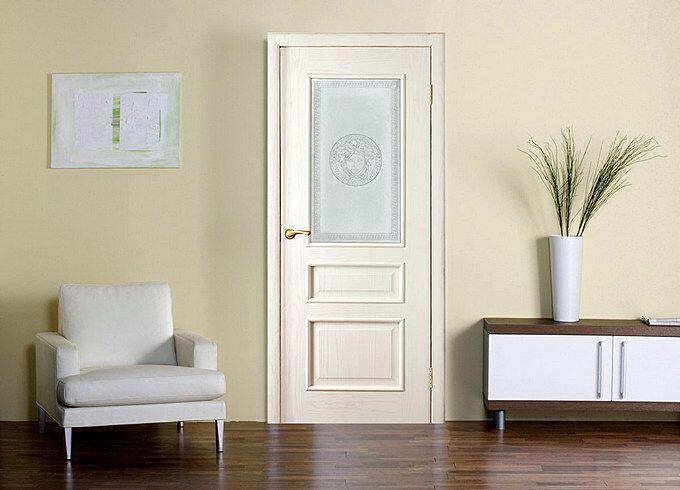 Светлые двери с ПВХ покрытием