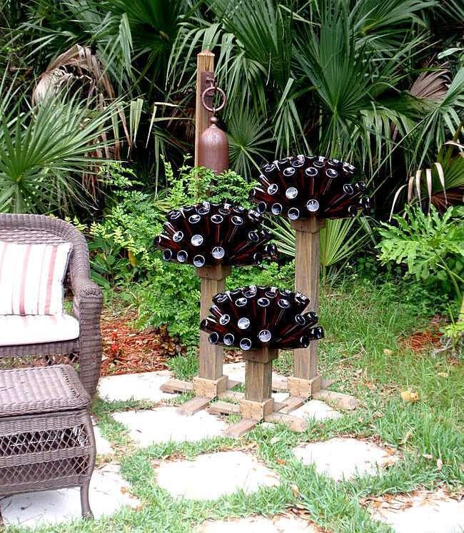 Садовые фигуры из пивных банок
