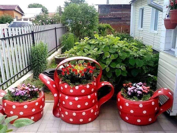Садовые фигуры в виде чайного сервиза