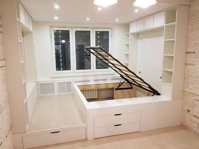 Дизайн спальни с подиумом для кровати