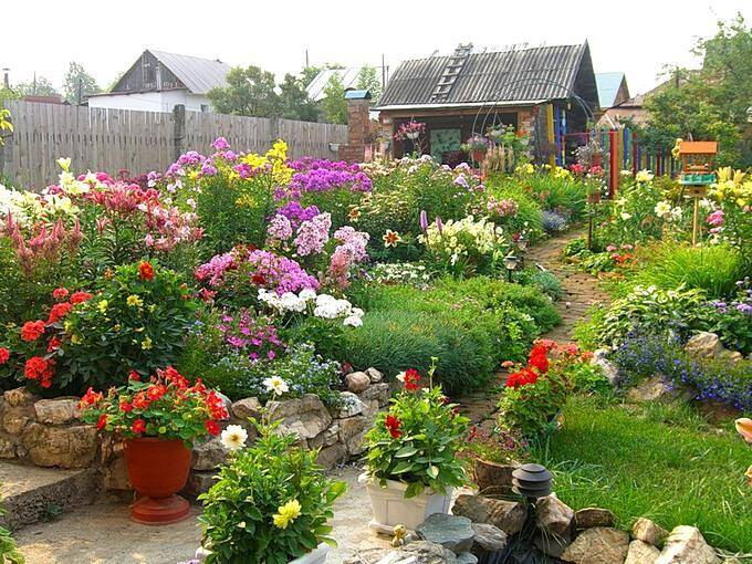 Цветники на даче своими руками