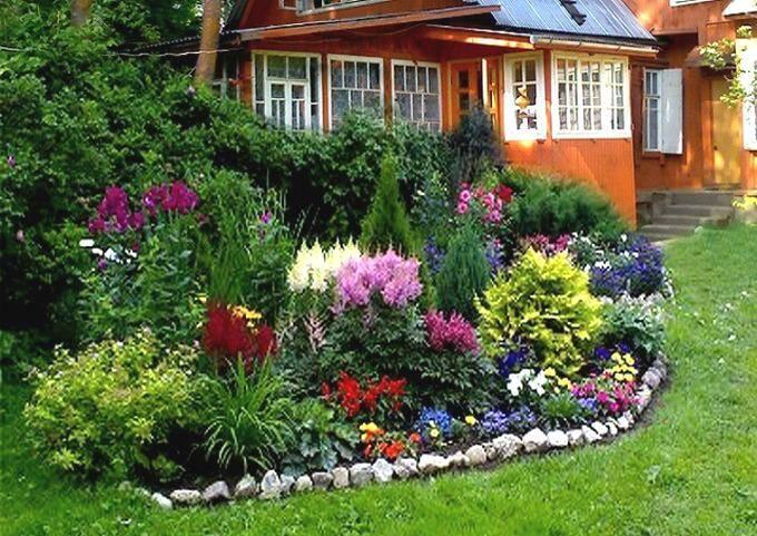 Цветник на даче в ландшафтном стиле