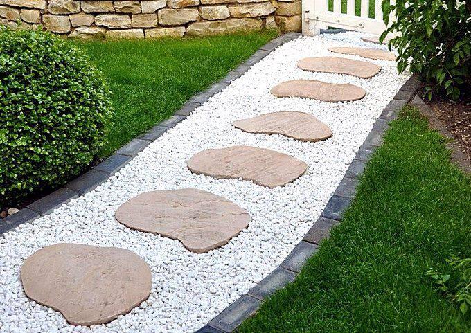 Садовые дорожки из гальки и природного камня