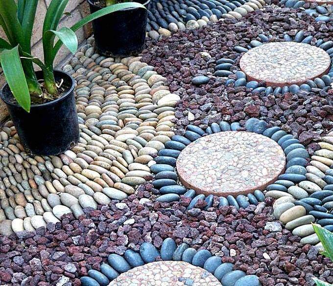 Садовые дорожки с мозаикой из гальки